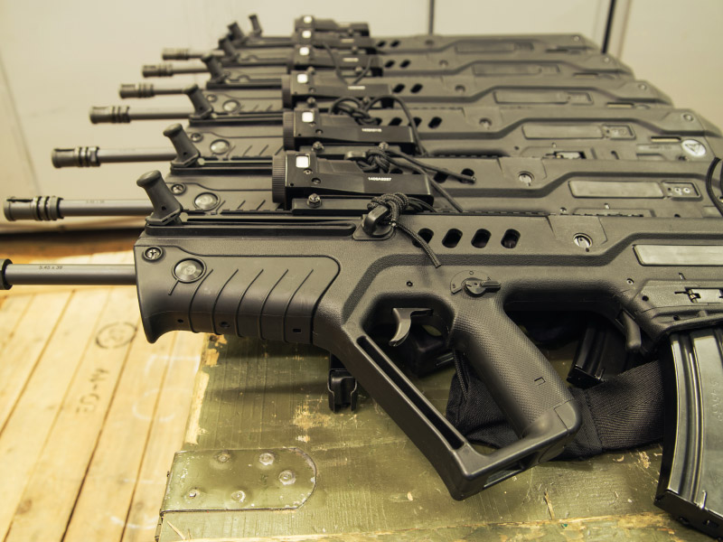 Top 10 Assault Rifles: The Ultimate List Of Great Ones